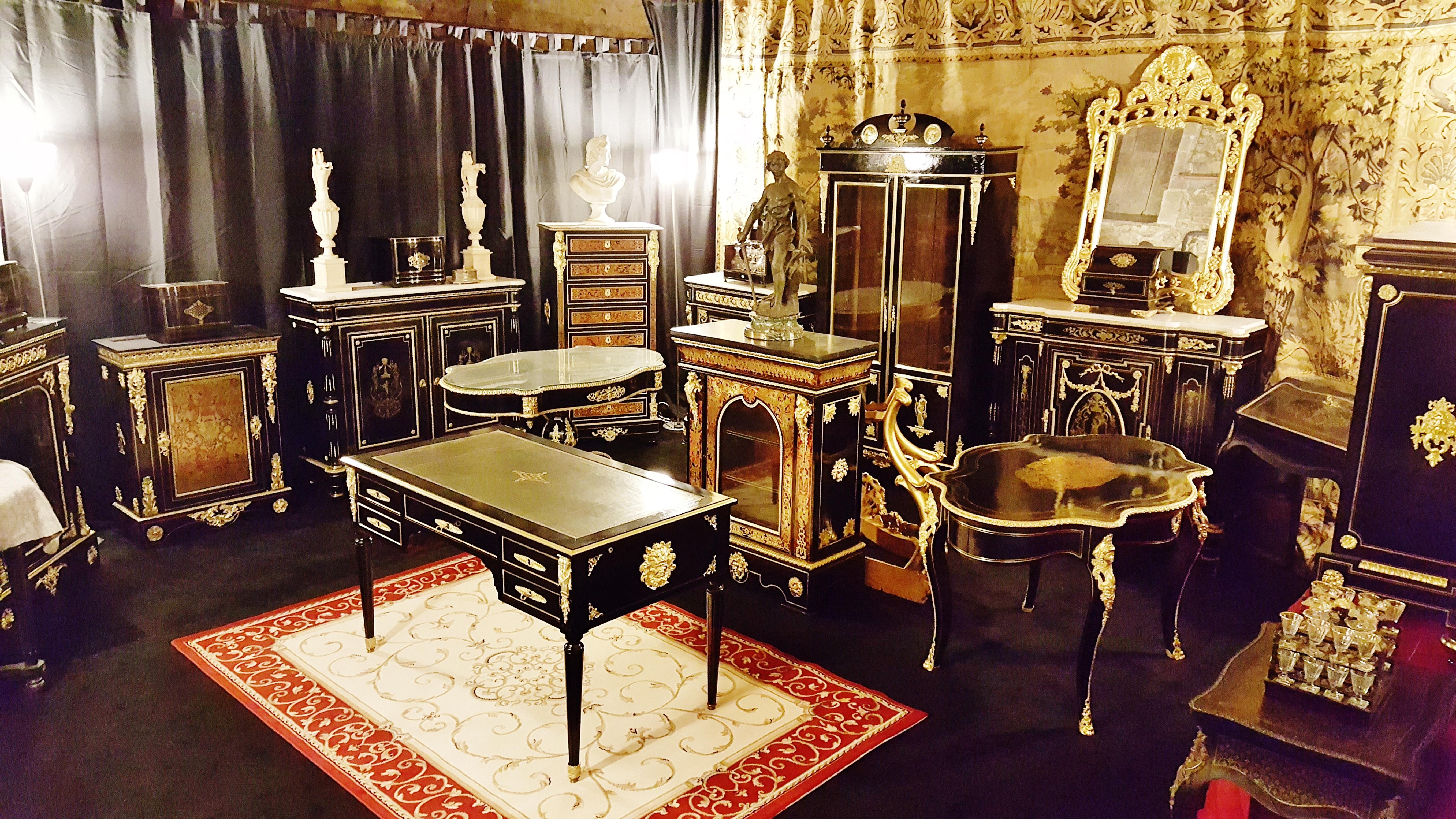 nouveau showroom saintes 17 la galerie napol on 3. Black Bedroom Furniture Sets. Home Design Ideas