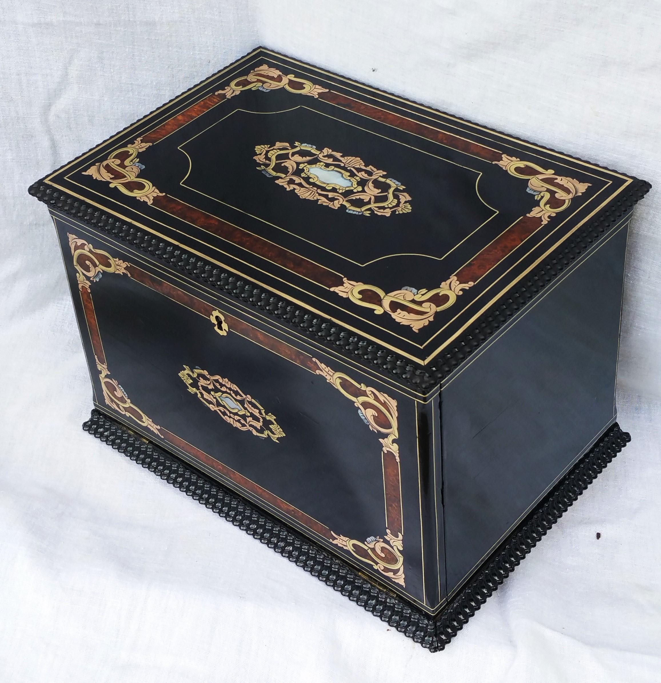 boite à bijoux marqueterie napoleon 3