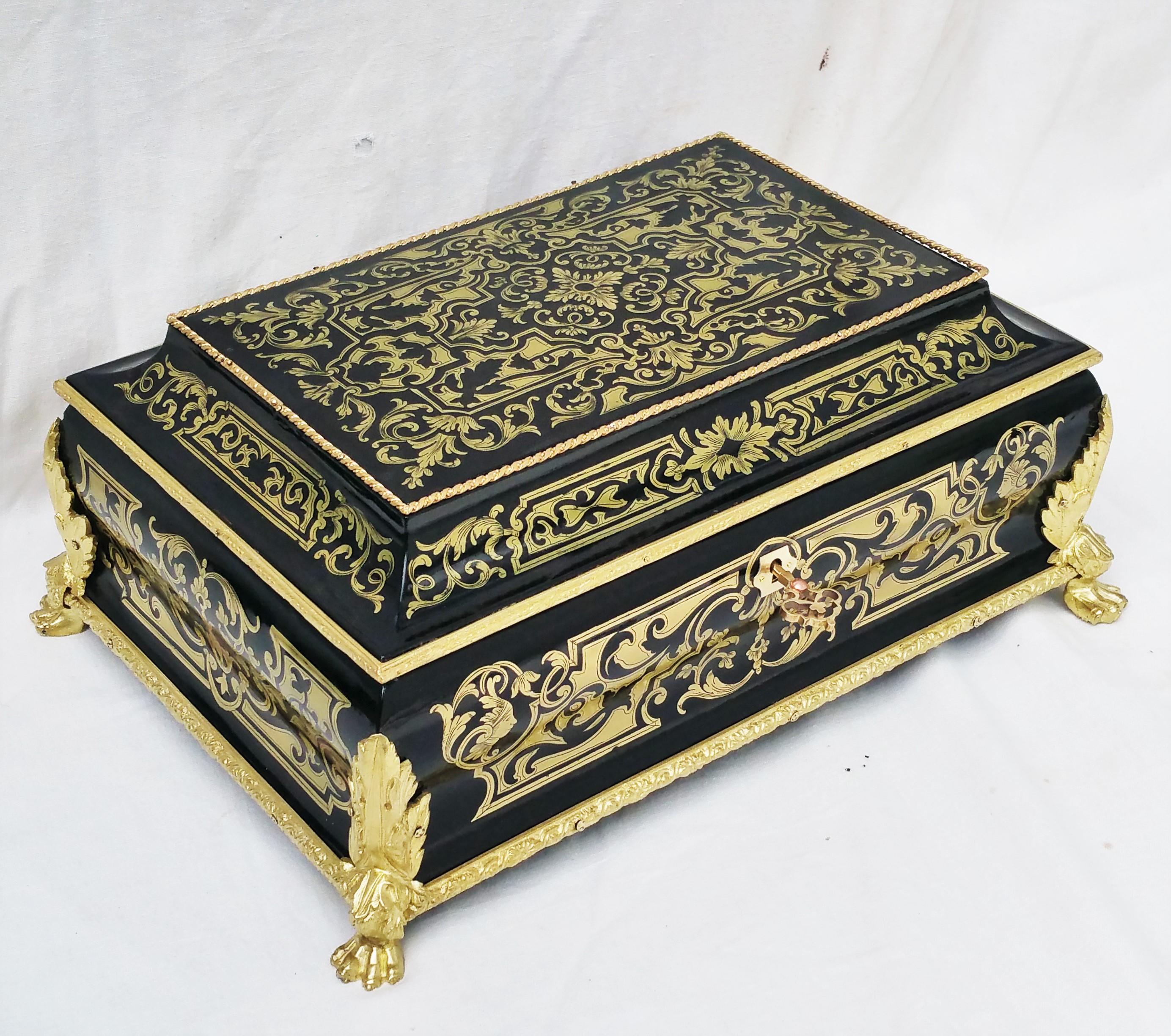 Coffret à bijoux marqueterie Boulle toutes faces Napoléon III