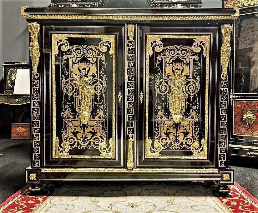 meuble d'appui 2 portes marqueterie boulle estampillé BEFORT Jeune  Napoléon 3